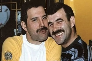 Freddie-Mercury-and-Jim-Hutton