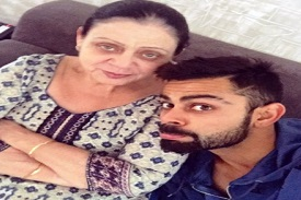 Virat-Kohli-With-His-Mother